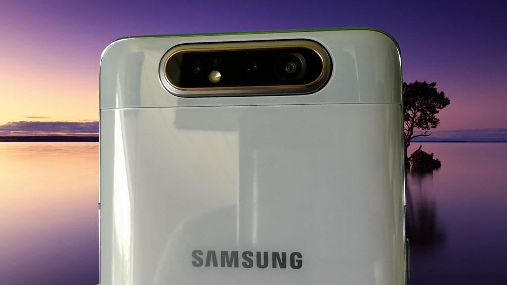 Samsung Galaxy A80. Kamera på bagsiden. Foto: Lars Bennetzen